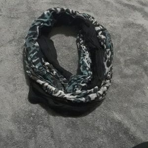 Two thin infinity scarfs
